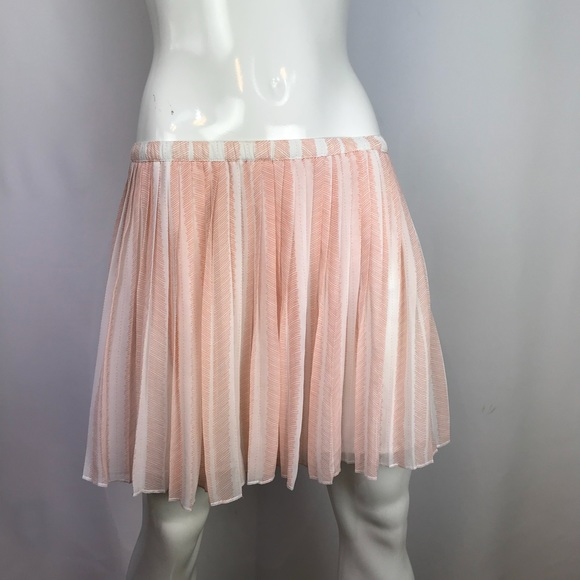 BCBGeneration Dresses & Skirts - BCBG Generation Mini Pleated Sea Coral Lined Skirt